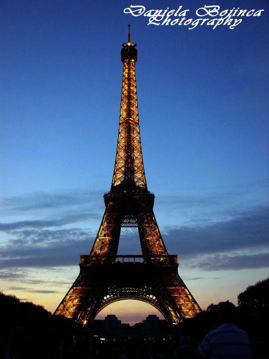 Eiffel-Paris-Dana2