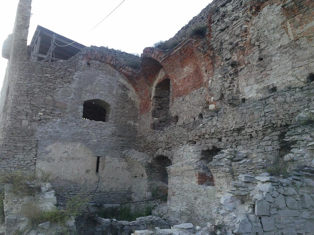 ruine cetatea devei